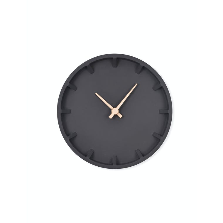 Indoor Raven Wall Clock in Black | Garden Trading