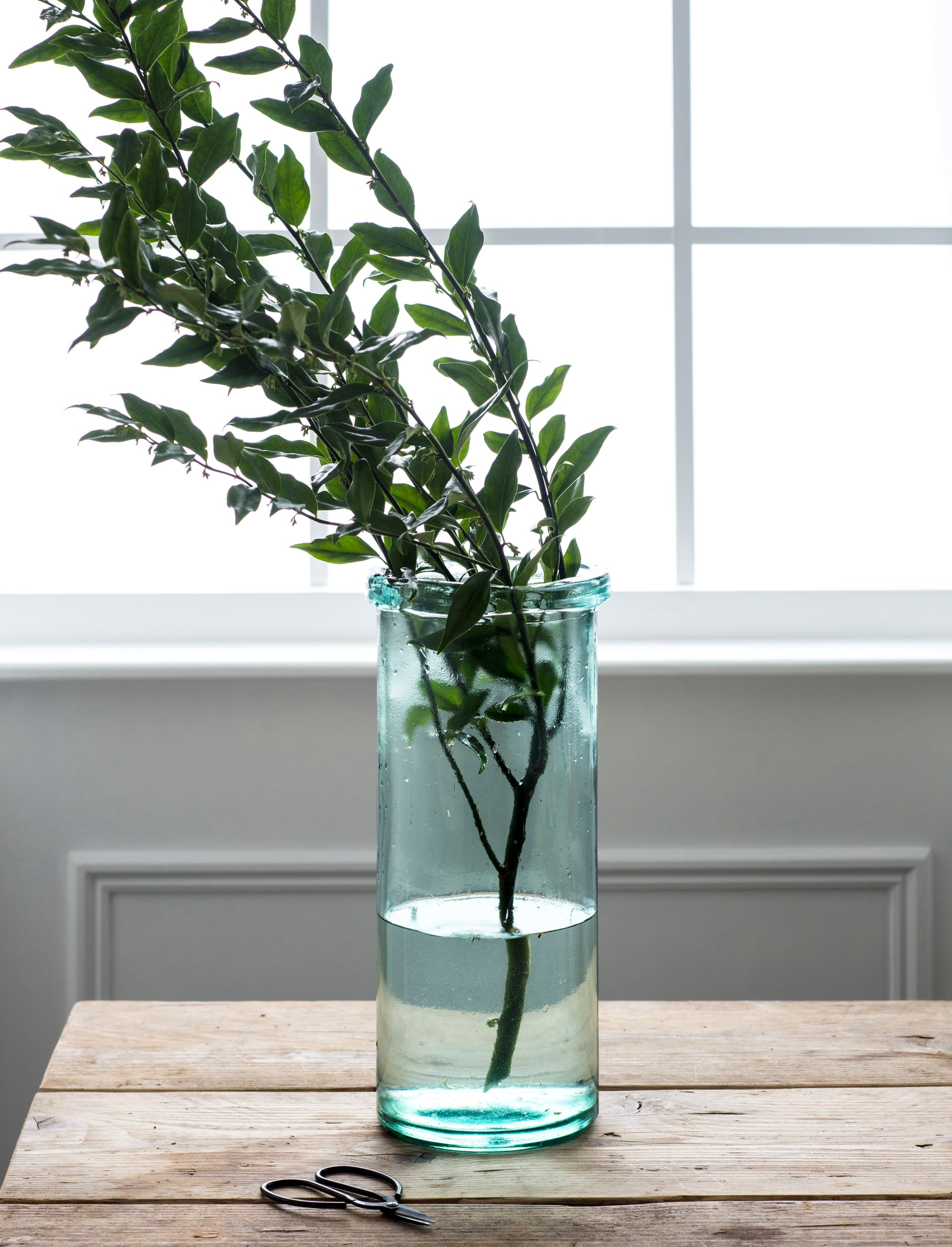 Recycled Glass Wells Column Vase in Medium or Large | Garden Trading