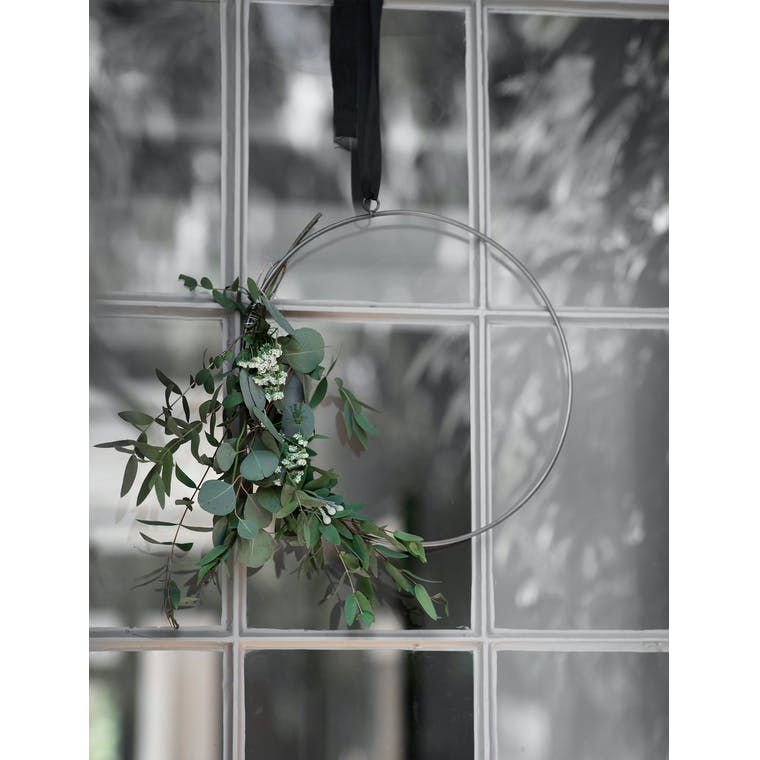 Iron Farringdon Wreath in Small or Large | Garden Trading